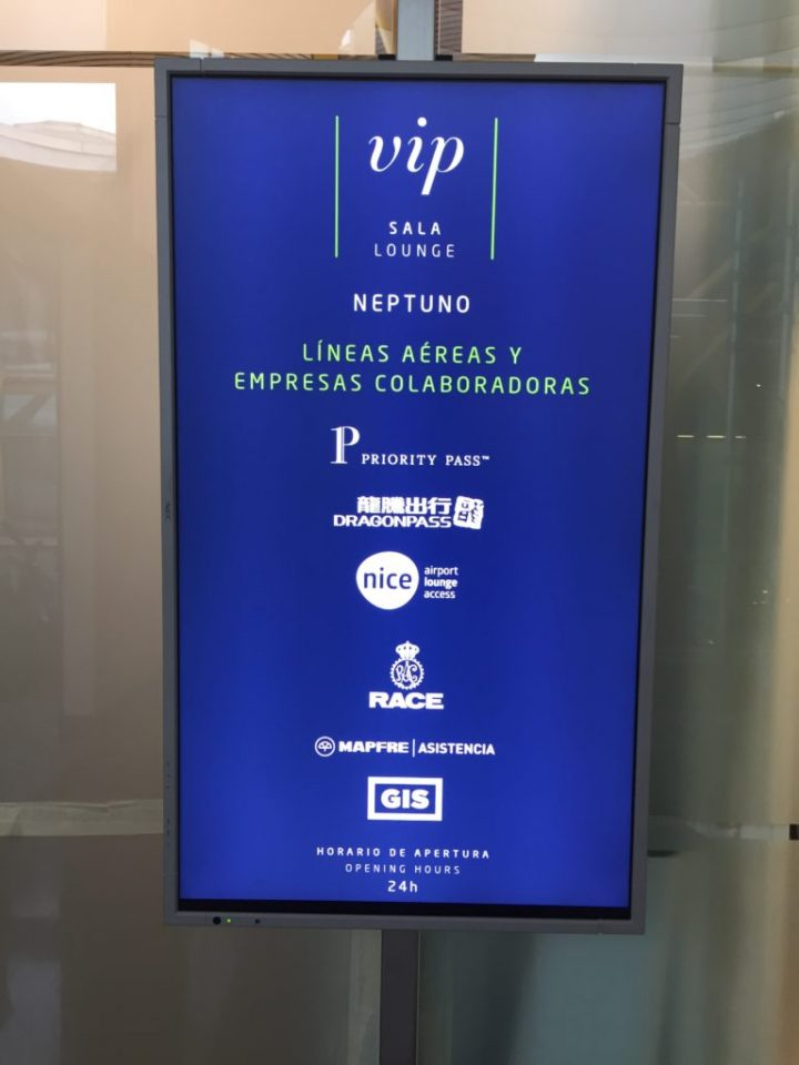 Priority Pass Lounge Review: Neptuno Lounge at MAD